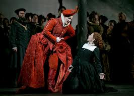 Elizabeth (L) and Mary in Act I's confrontation scene
