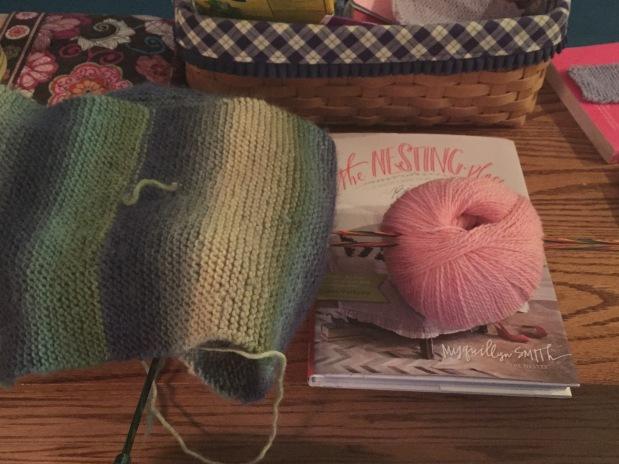 Yarn Along No.14