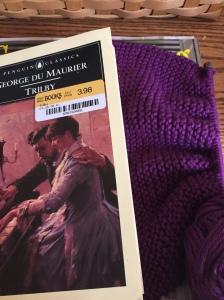 Yarn Along 24--what I'm reading and knitting @emily_m_deardo